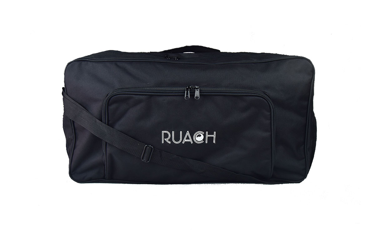 Ruach-music-Pedal-board-Gig-Bags-Size-3-Black-normal-with-carry-strap-2