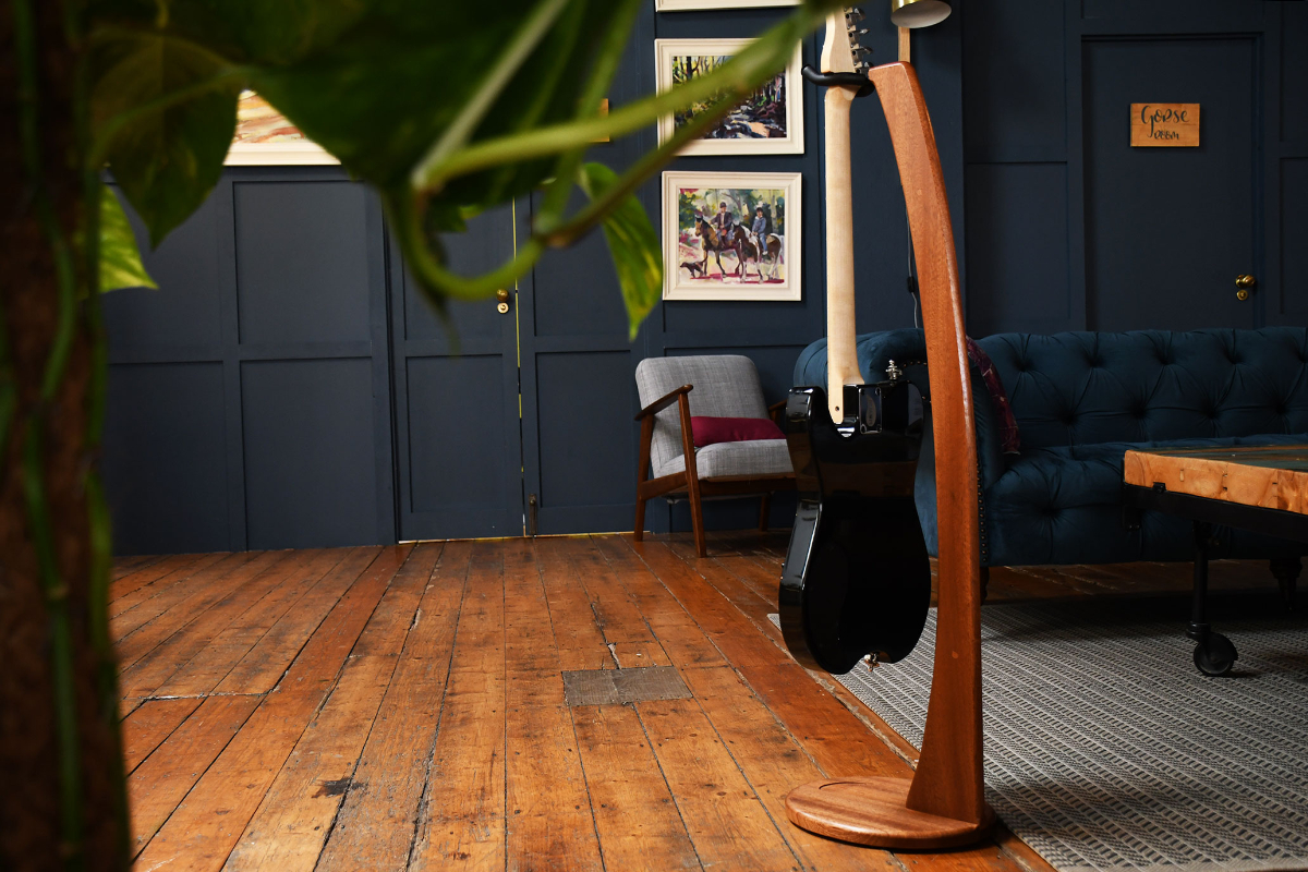 Electric-Acoustic-guitar-stand-mahogany-hardwood-7